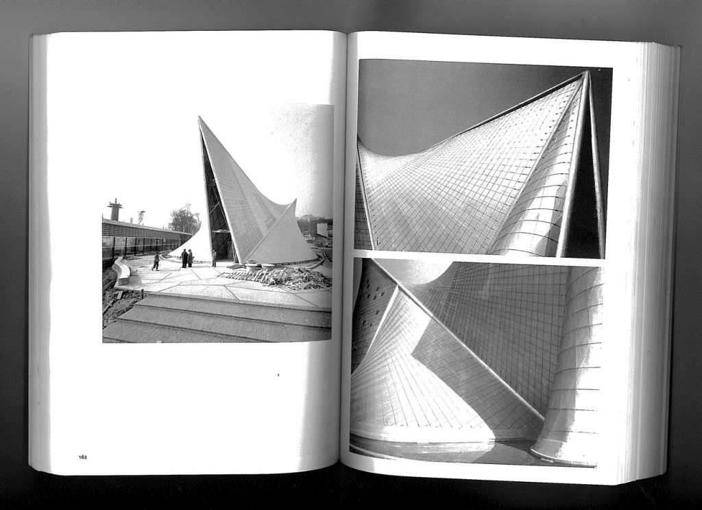 iannis xenakis-musique de l'architecture_pavillon philips