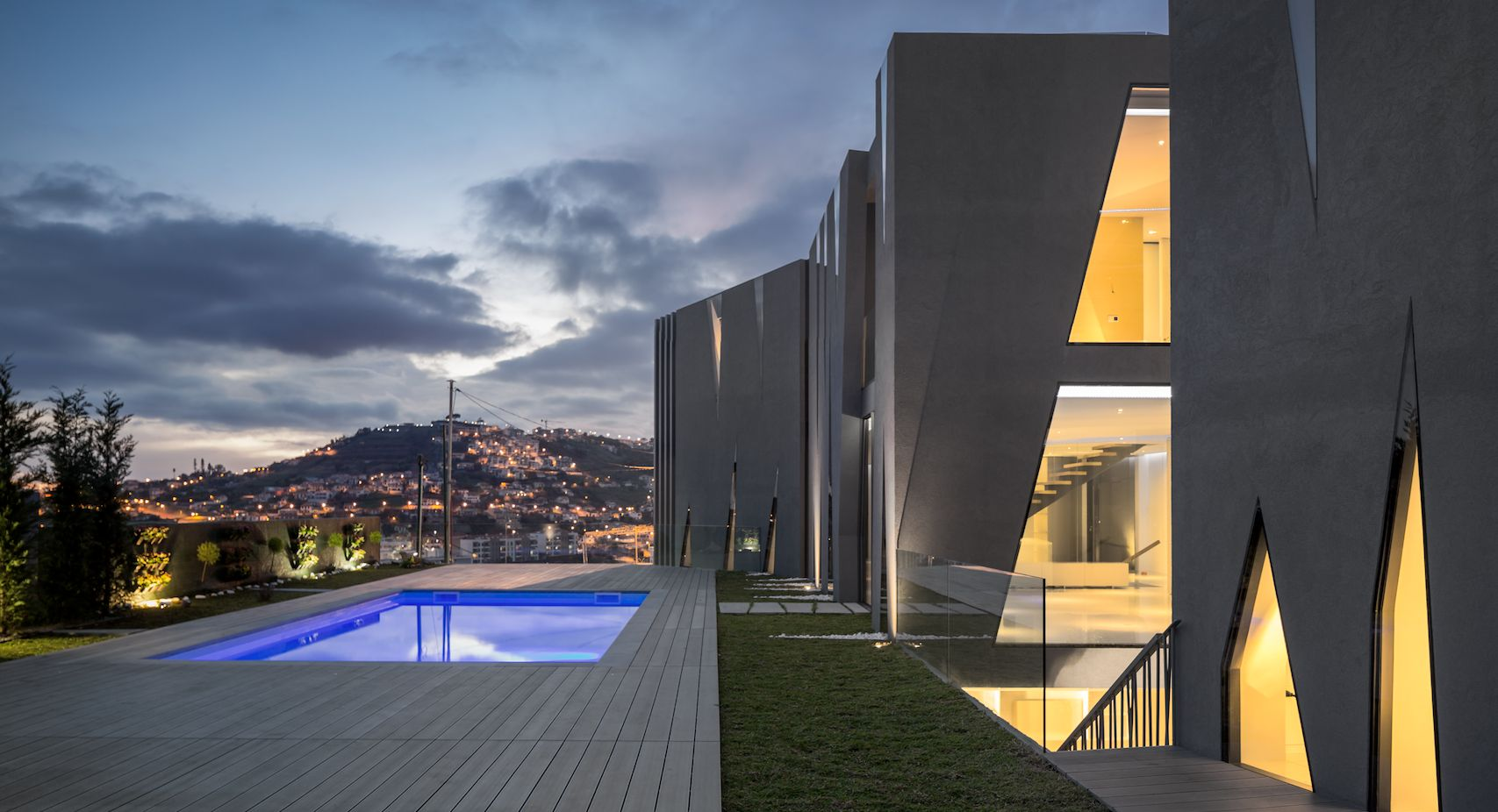 18 compressed - Maison San Roque : voir et être vu !