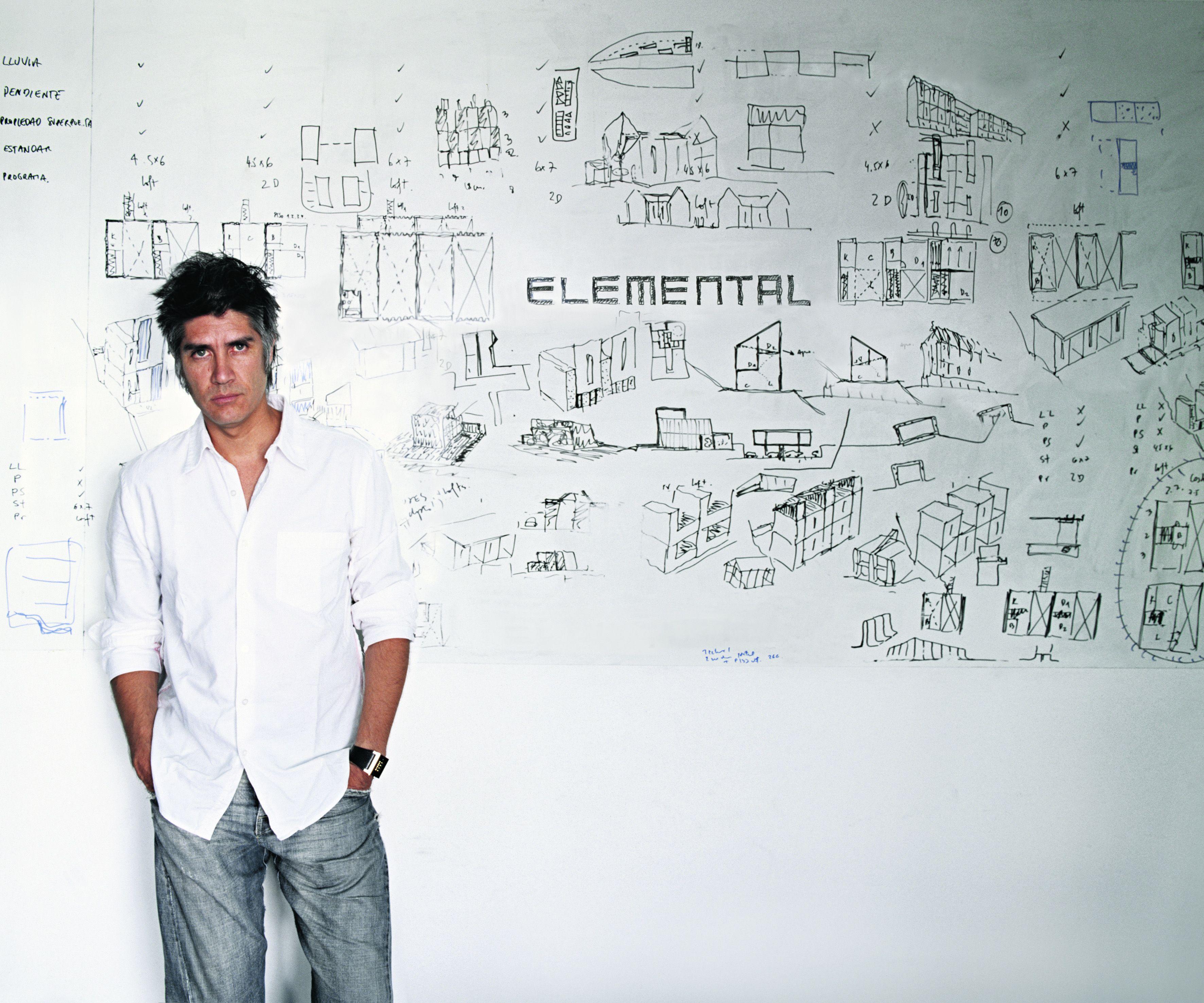 ARAVENA by Cristobal Palma Copie compressed - Alejandro Aravena dirigera la Biennale de Venise