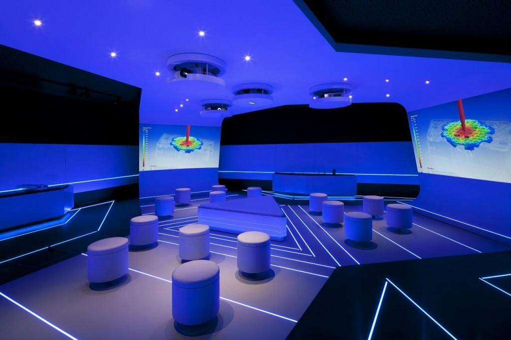 HagerForum Interior Showroom ForceField ©HagerGroup JanBitter compressed 1024x682 - Le Hager Forum étonne par son gigantisme