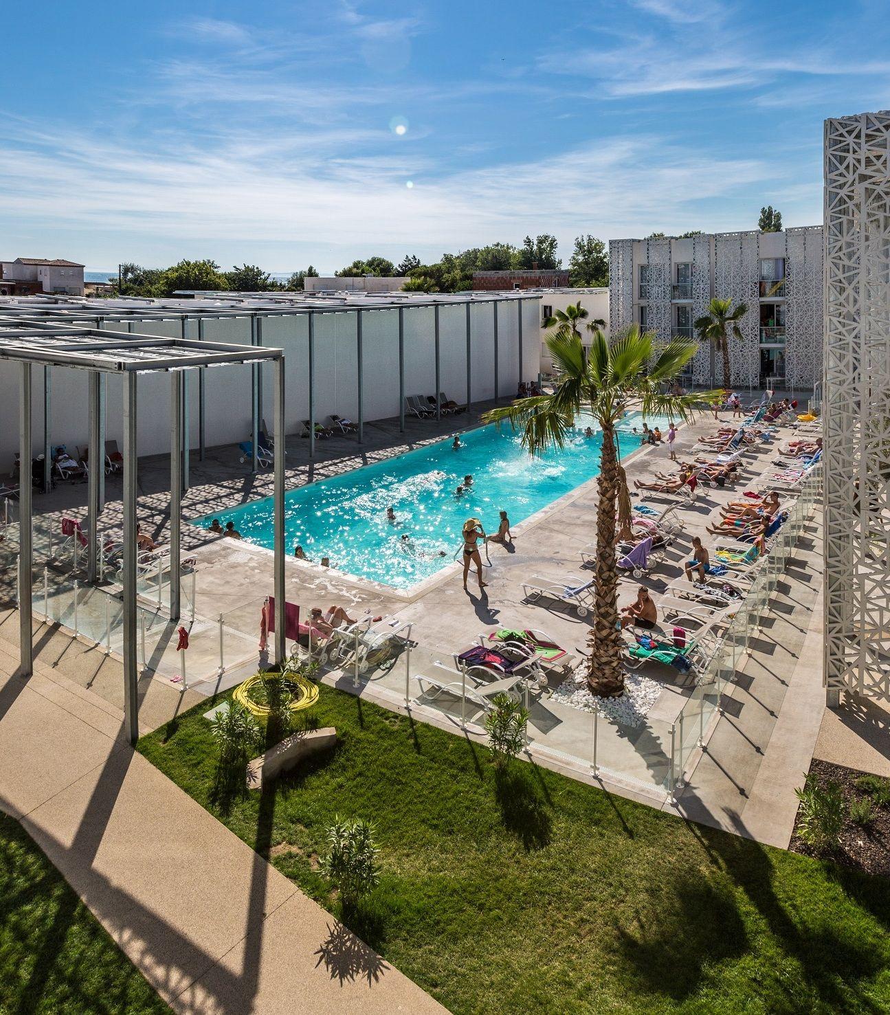 Nak%C3%A2ra piscine - Dentelle de béton pour la résidence Nakâra