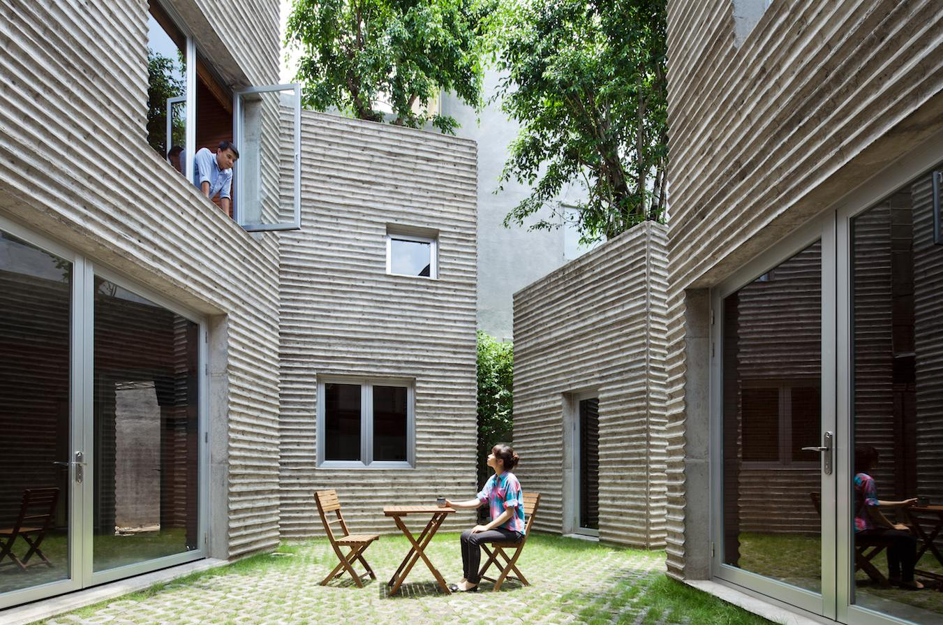 House for trees 8 - House for trees : un arbre par-dessus les toits