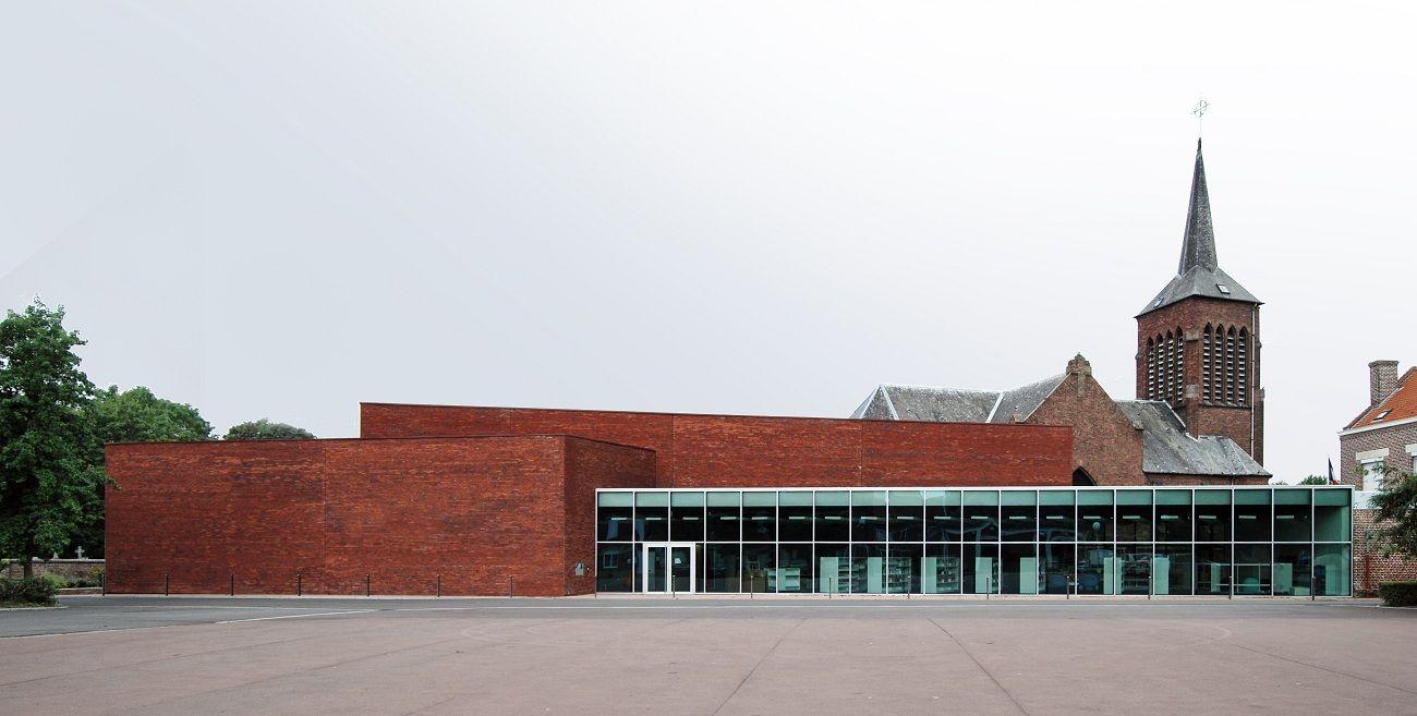 023 extérieur 1 place - A site insolite, Wonk répond architecture atypique
