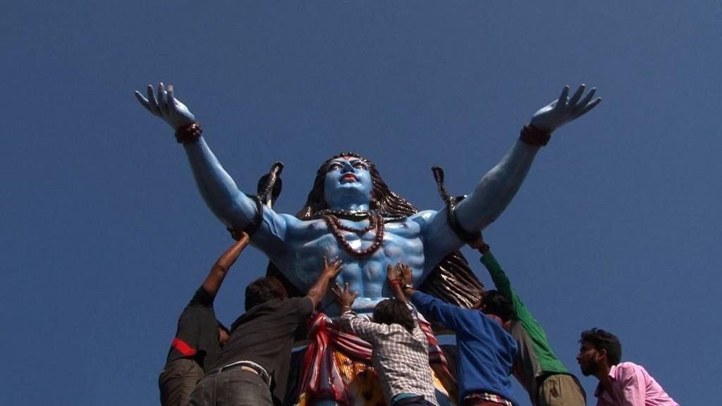 13 Fête religieuse compressed 1024x576 - Chandigarh, le devenir indien d'une ville moderne