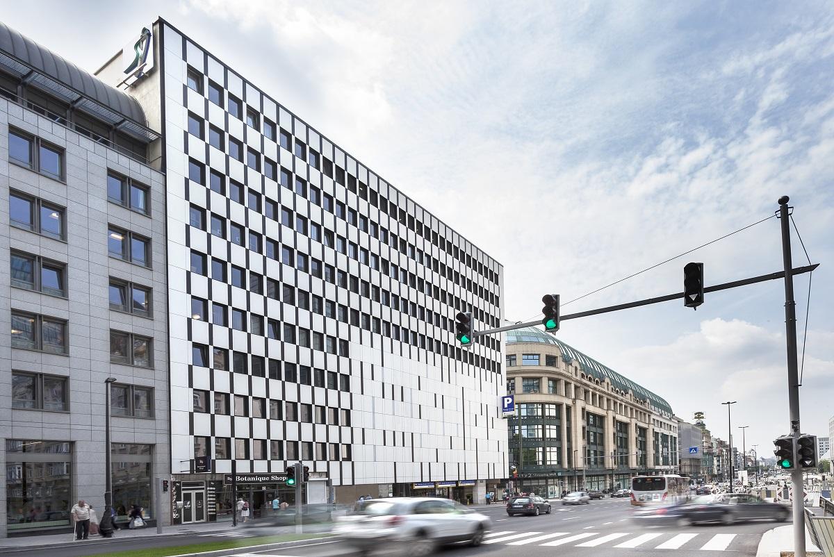 2043 CLINIQUE SAINT JEAN BRUSELAS 002a - Rénovation de la façade de l'hôpital Saint-Jean à Bruxelles