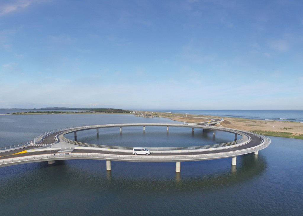 pont circulaire uruguay 3 1024x731 - Un étonnant pont circulaire, conçu par Rafael Viñoly