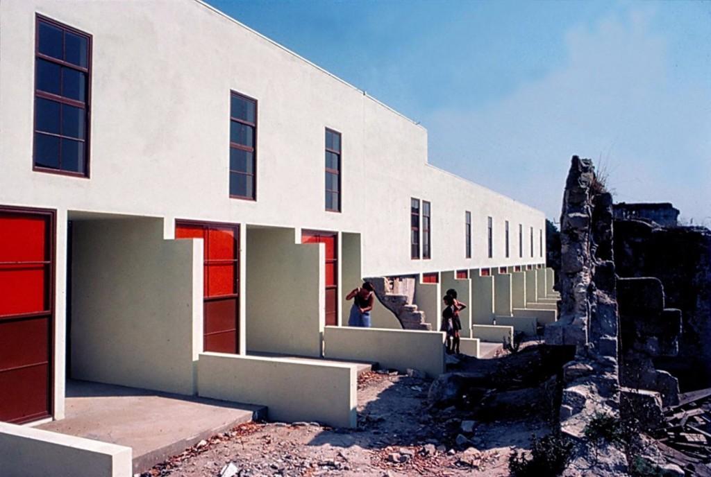 35 compressed 1024x688 - Les universalistes, 50 ans d'architecture portugaise