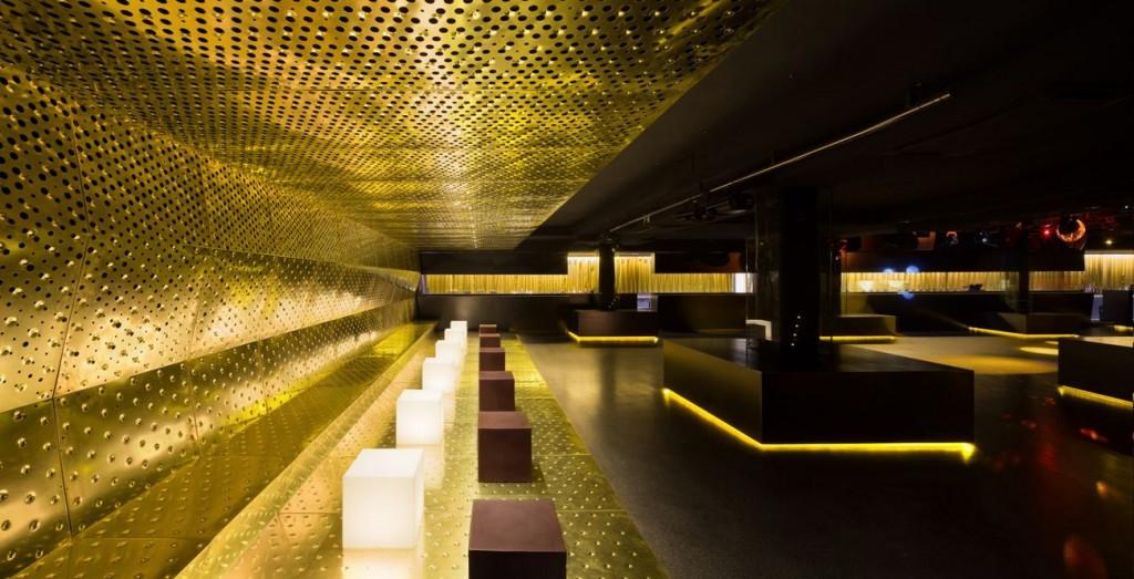 CANALLA DISCO 15 © Ruben P compressed 1024x523 - Le cuivre sublime des bâtiments insolites