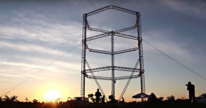 Imprimante 3D de 12 m de haut 1170x616 - Construction d'un village écologique… avec une imprimante 3D