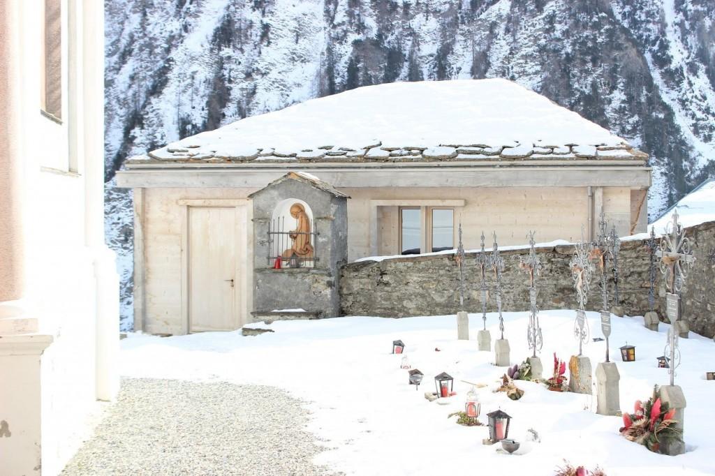 Maison funéraire de Vrin Suisse 2002 @ Emeline Curien 1024x682 - Global Award 5/6 : Vallée universelle