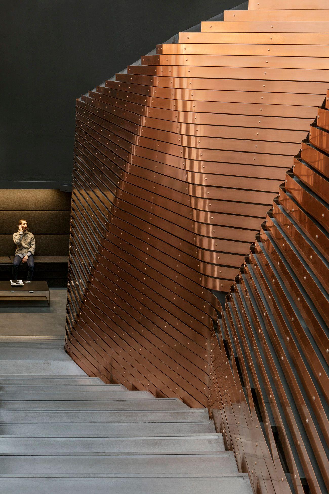 Red Bull studio copper cladding c Jan Bitter compressed - Le cuivre sublime des bâtiments insolites