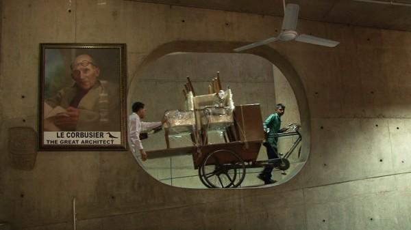 16 Palais de lAssemblée compressed 600x337 - Chandigarh, 50 ans après Le Corbusier