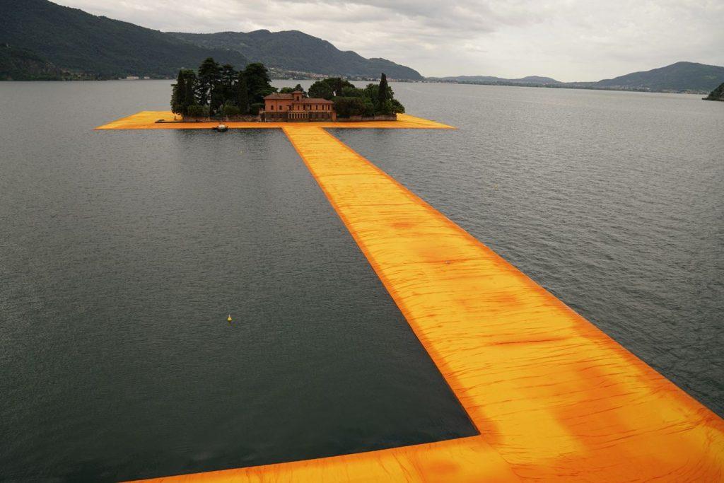 DSC07270 compressed 1024x683 - Christo : un sentier sur l'eau