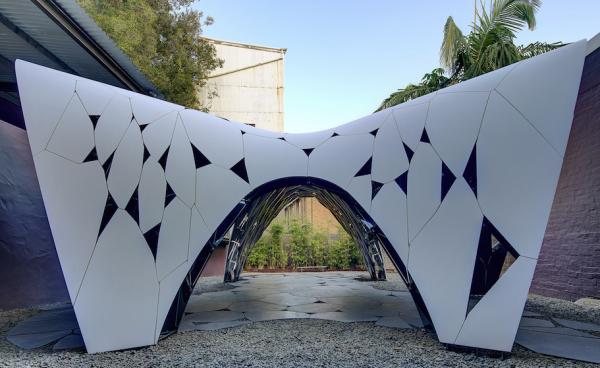 structure fugitive 600x368 - Structure fugitive à Sydney