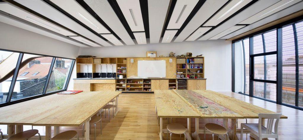 03 vue salle de classe ARCAME ECOLEd ART CALAIS compressed 1024x472 - Calais : l'école d'art au secours du centre-ville