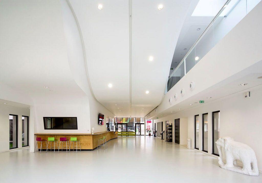 05 HALL DEXPOSITION 2 compressed 1024x715 - Calais : l'école d'art au secours du centre-ville