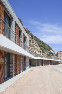 14 Photo S Demailly compressed 200x300 - Une maison des pêcheurs a Bonifacio
