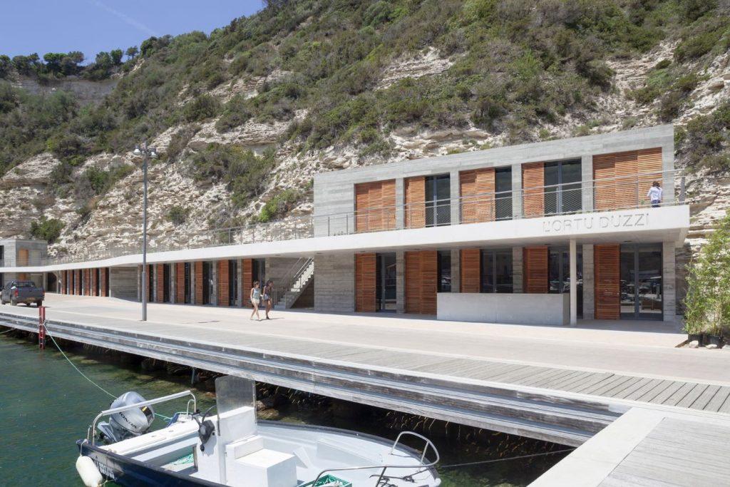 19 Photo S Demailly compressed 1024x683 - Une maison des pêcheurs a Bonifacio