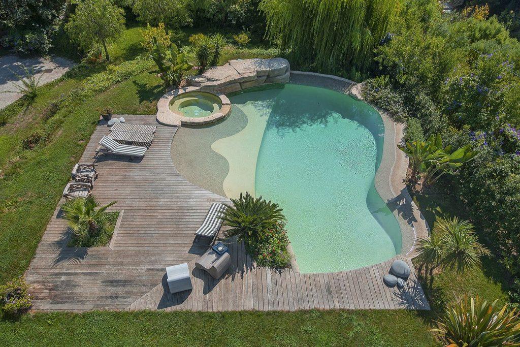 3 1024x683 - Diffazur : portrait de piscines