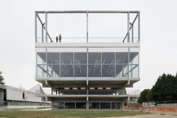 lieu de vie saclay muoto1 585x390 - Le Lieu de Vie de l'agence MUOTO à Saclay, antonymie du construire