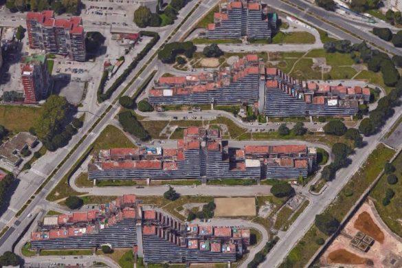 scampia 585x390 - Conjonctures économiques et fuites d'eau  : la revue de presse du 22/11/2016