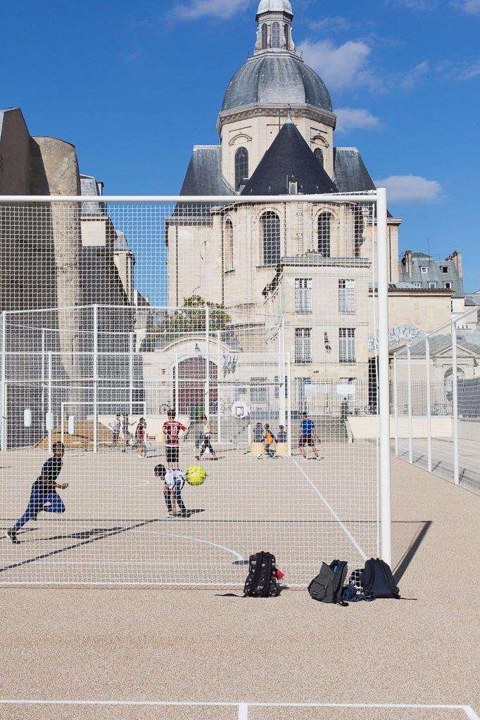 NP2F terrain sportif jardins saint paul 7 682x1024 - NP2F aménage les terrains de sport des Jardins de Saint-Paul